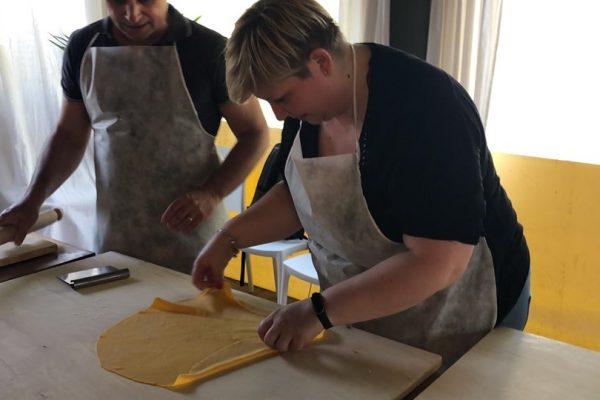 cucinare aiuta a fare squadra