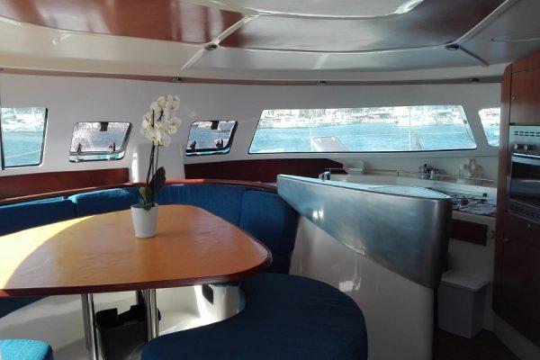 interno barca a vela egadi