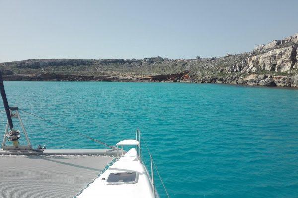 isola di favignana tra trekking e barca