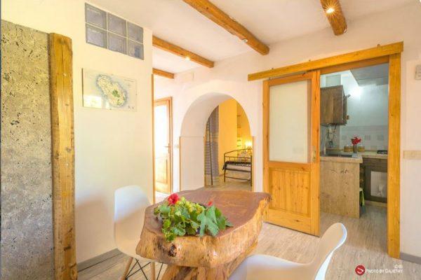 interno di dammuso a Pantelleria